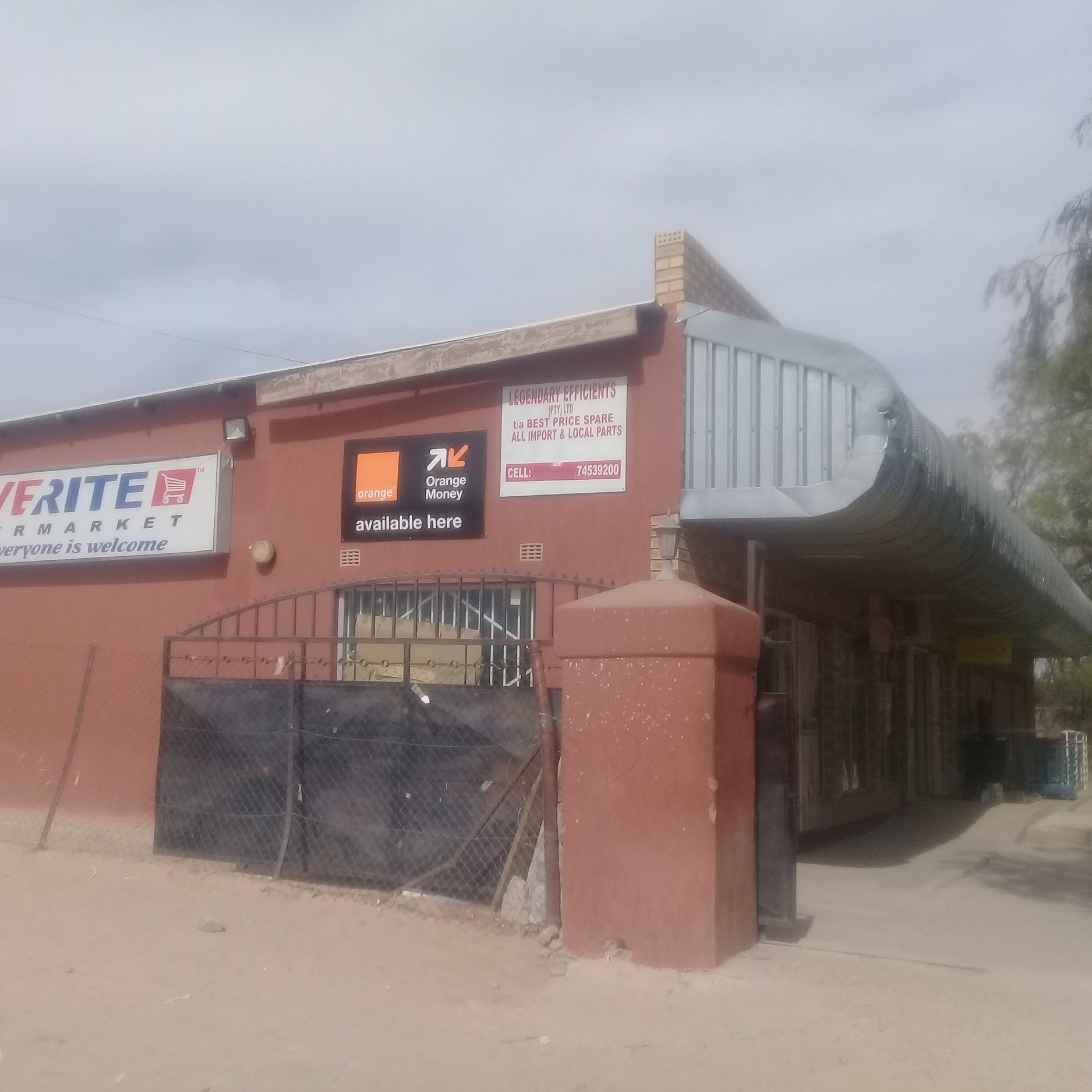Saverite Letlhakeng - Service Description∙ food , butchery, restaurant, bar and bakeryOpening Hours:Monday - Friday: 07:00-21:00Saturday: 07:00-21:00Sunday: -Directions:Busy Bee ComplexModibo WardContact: Kably Motseonageng📞 (+267) 71 51 73 11✎