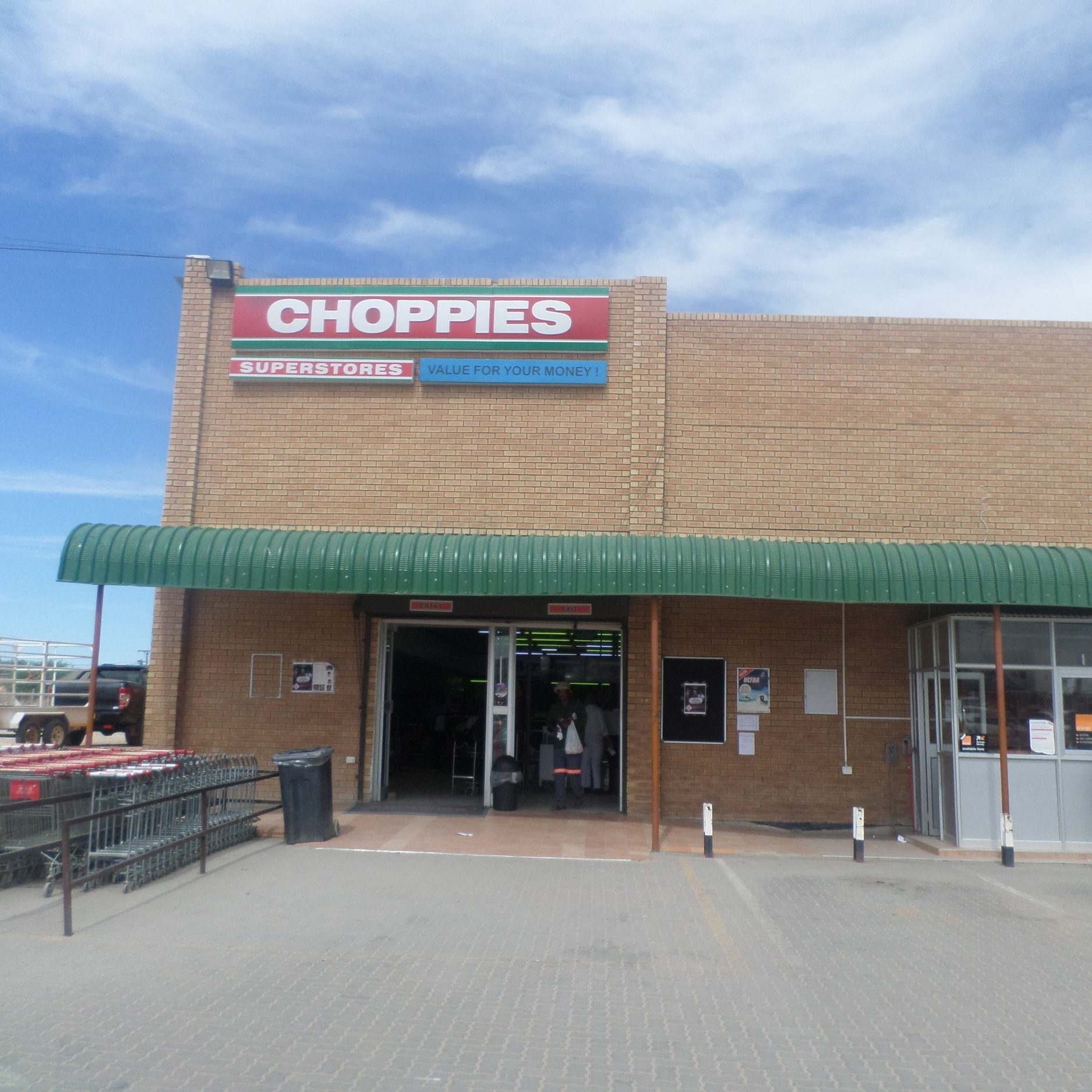 Choppies Superstores - Service Description∙ Groceries , foods, airtime, stationaries, butchery and fresh produce.Opening Hours:Monday - Friday: 08:00-20:00Saturday: 08:00-20:00Sunday: -Directions:Modimo WardContact:📞 (+267) 59 43 700✎ crystalchine@choppies.co.bw