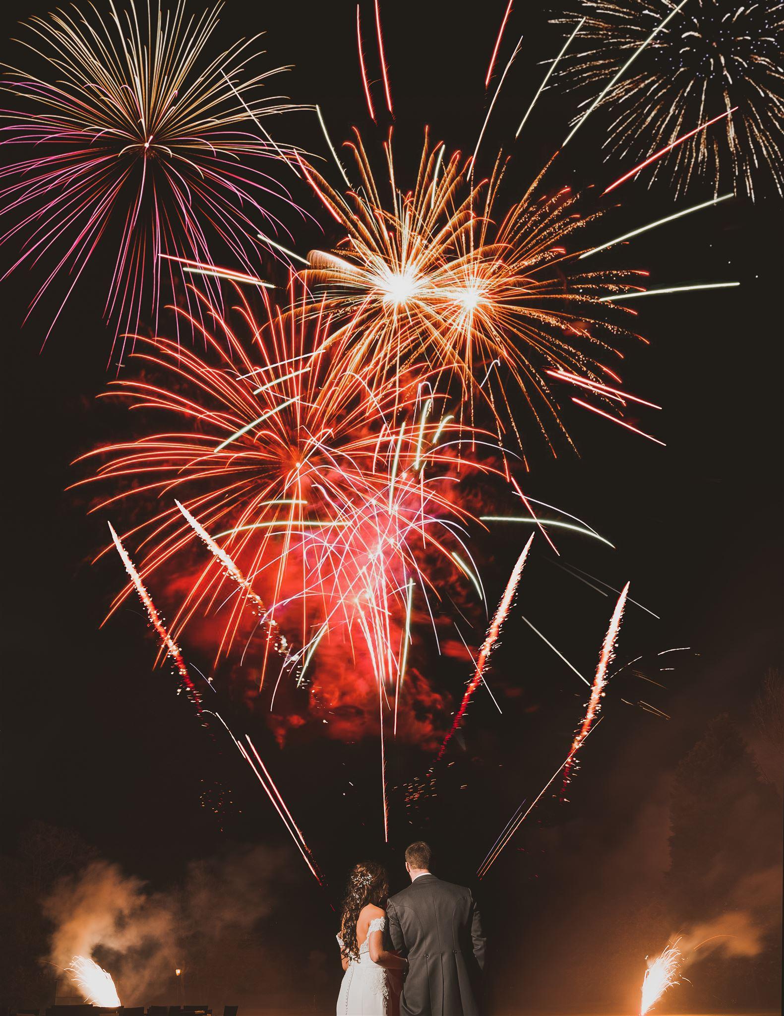 fireworks wrenbury hall.jpg