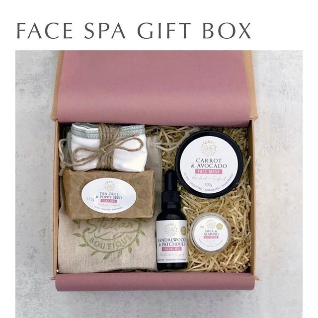 🌟🌟🌟🌟🌟Competition time 🌟🌟🌟🌟 🌟  I have numbers 1-25 available. Each number is worth £2 have a chance of winning this face spa box. P&P will be sent out for free. ✅ To enter choose a number|numbers & ✅ Message me so I can send you my PayPal info or a bank transfer, once payment has been take your numbers will be taken off.  Only to UK residents.  Draw will take place when all 25 numbers have gone. Good luck. 💚💚💚