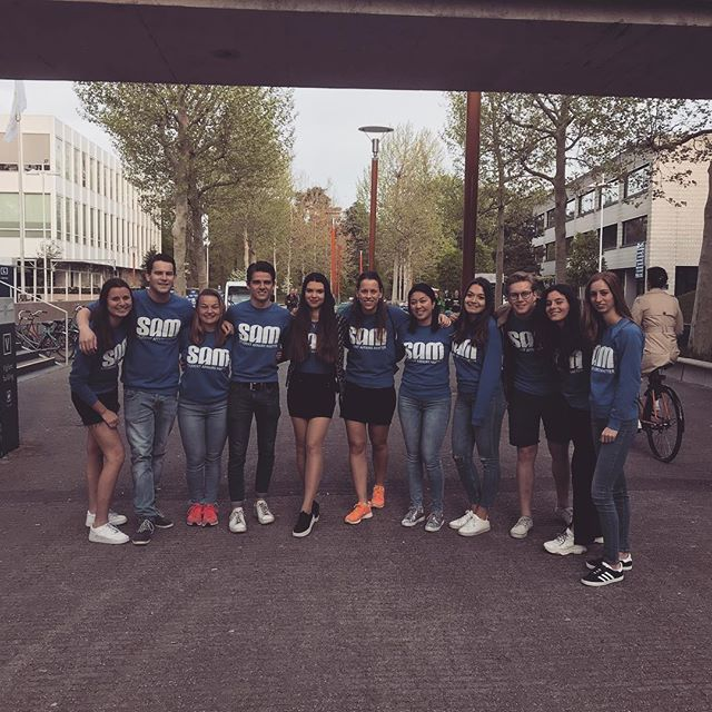 -VOTING BOOTHS ARE OPEN- You can vote through the link: www.tilburguniversity.edu/verkiezingen/ Let your voice be heard! 💙
