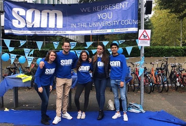 We had a fantastic day on campus talking to you guys and helping you find a place for your bike! Special thanks to our wonderful C&V committee for organizing this day. Want to stay updated about our university? Make sure to follow us on facebook.