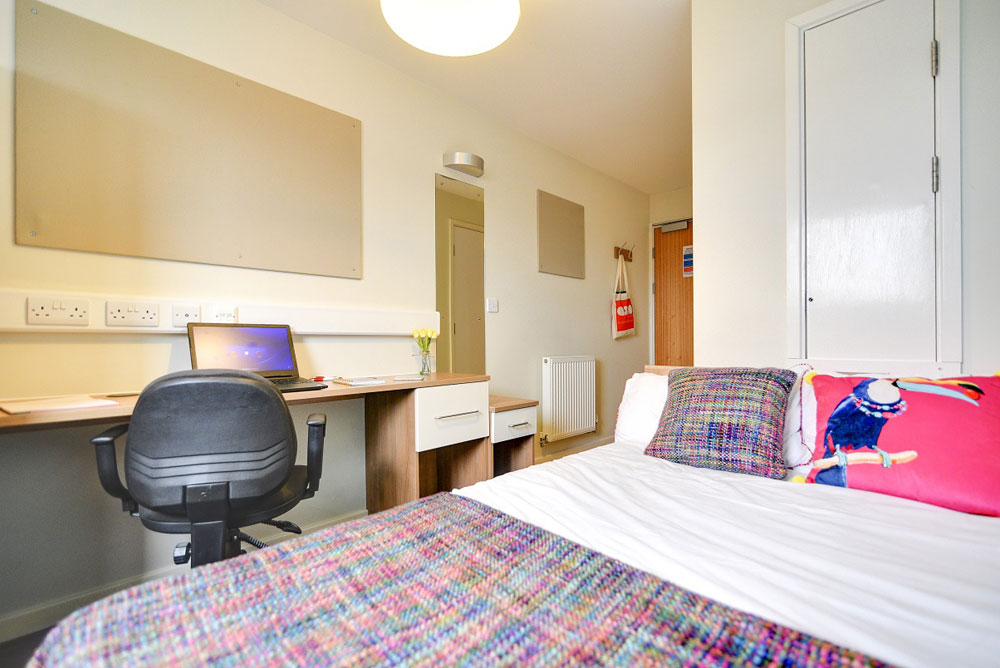 Bloomfield Court - £265 per week