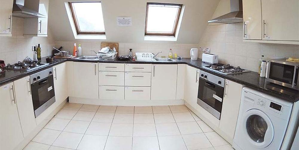 falkland-house-kitchen-large.jpg