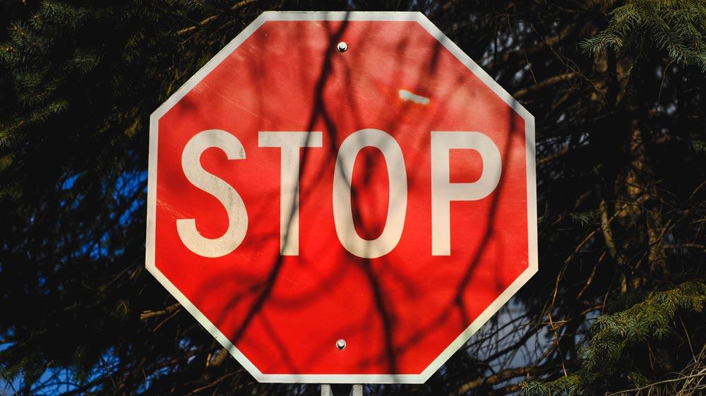 warning-stop.jpg