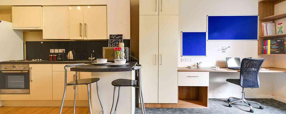 Axo Camden - £330 – £375 per week