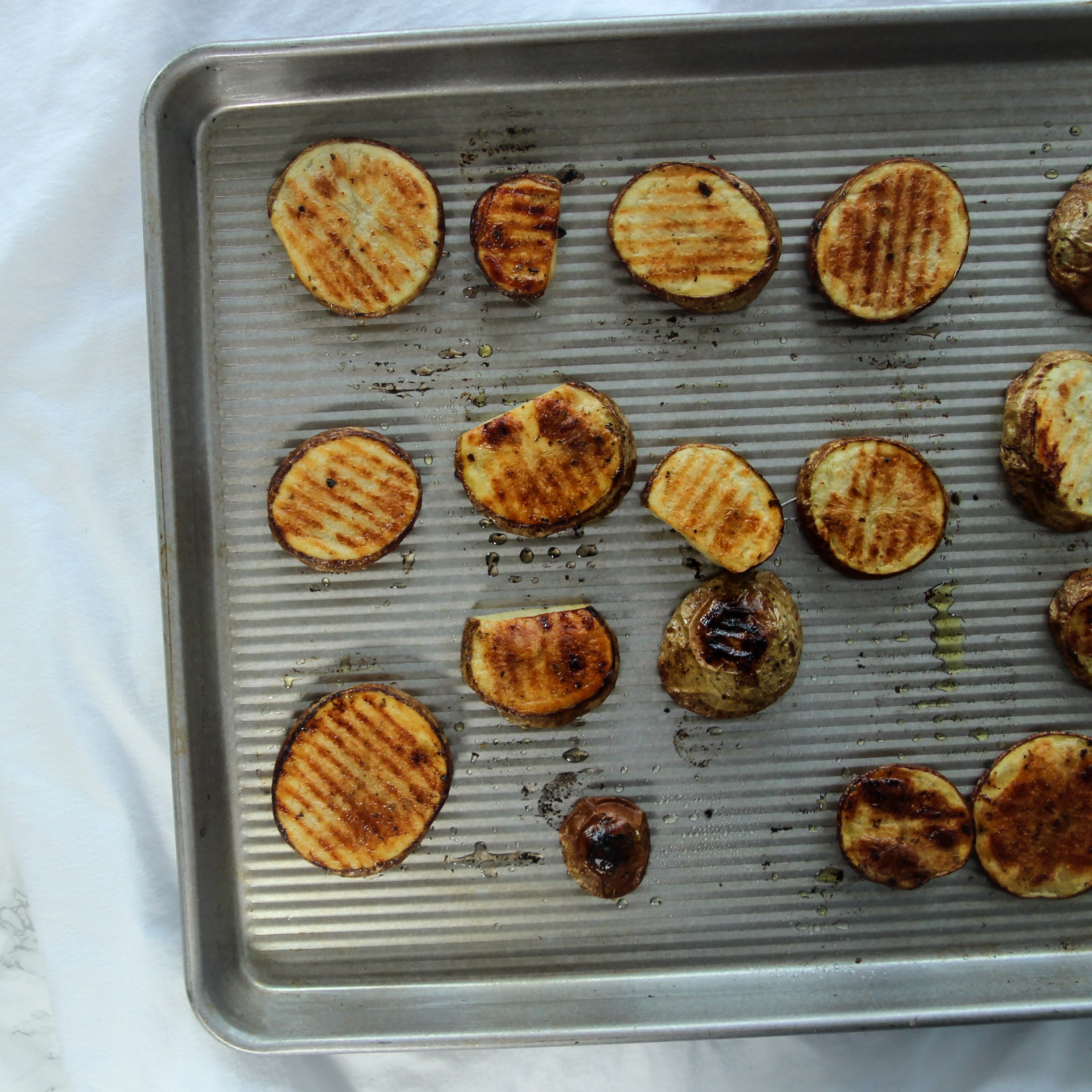 Garlic Herb Roasted Potatoes-process picture, step by step.jpg