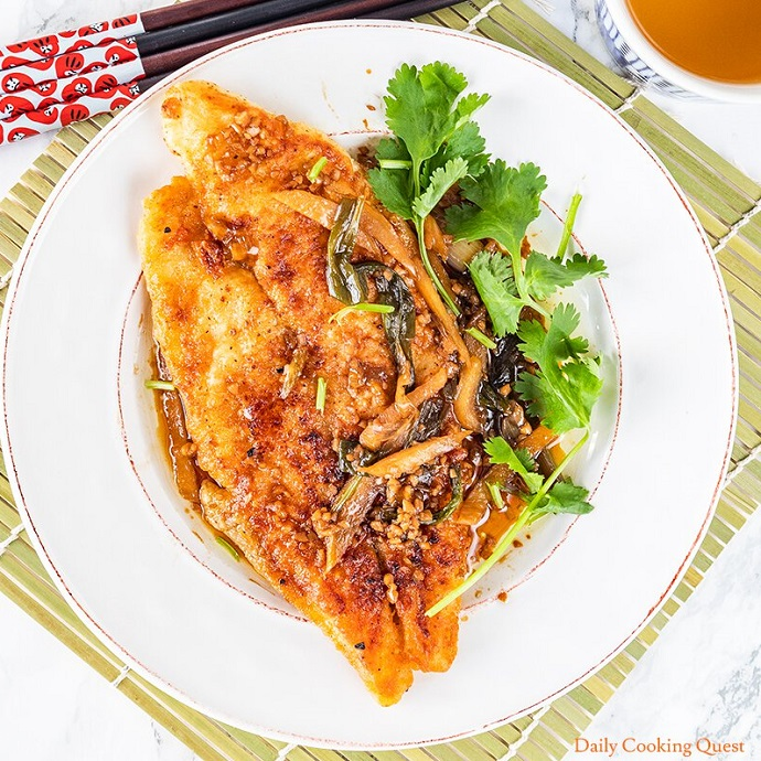 chinese pan fried fish with soy sauce.jpg