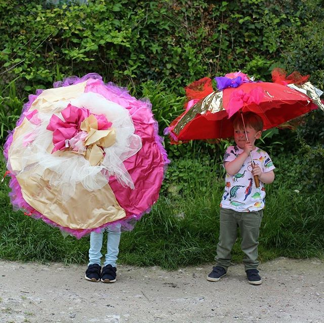 Today and 3pm we have a parasol workshop with the wonderful Carol Harvard - part of a series of event for www.newhavenfestival.co.uk - head over there to book last minute tickets or for more details about events across the town!