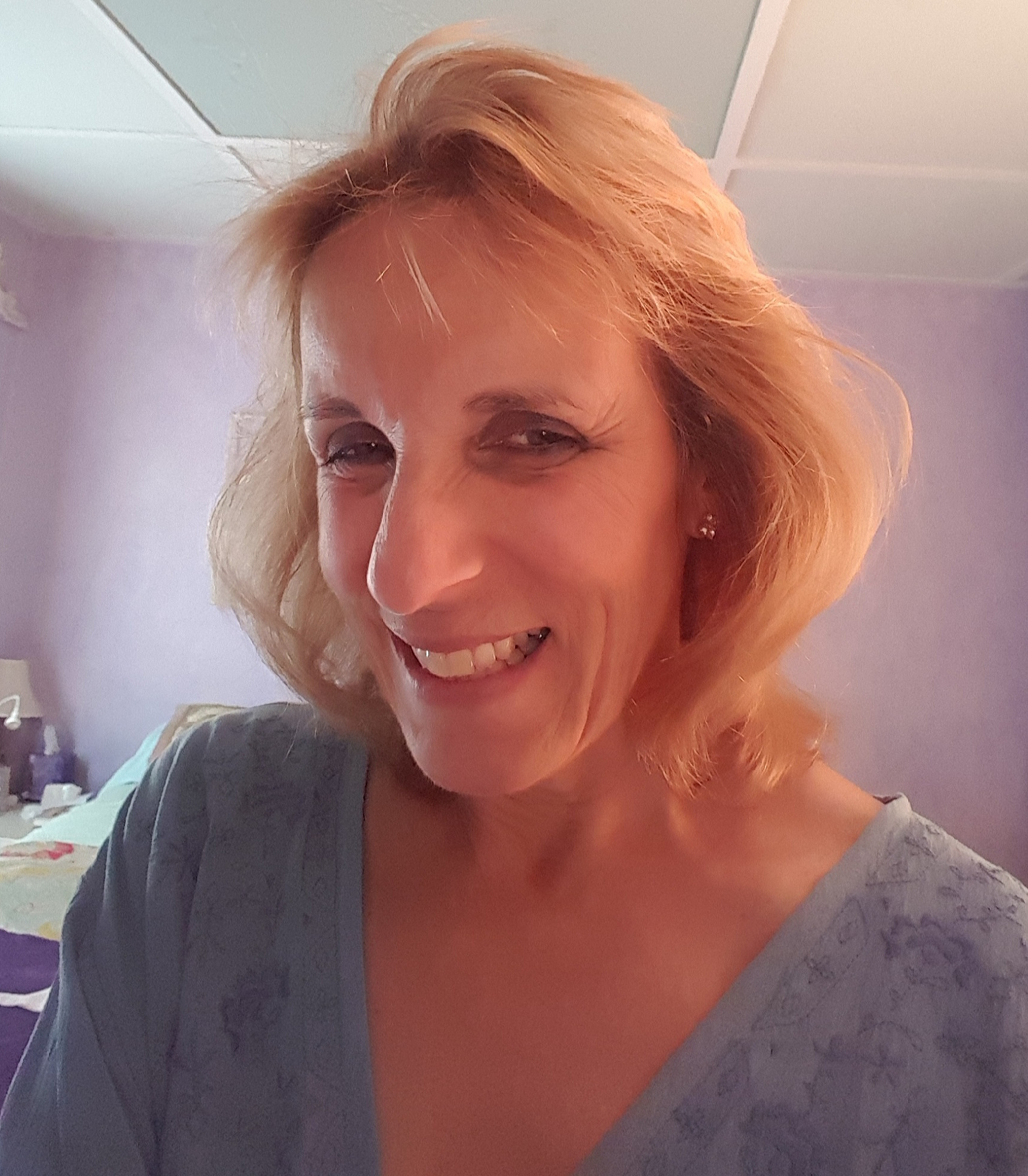 Hi! I'm Betty Buffin - As a graduate of New York's Fashion Instuture of Technology. Betty Buffin has been a professional painter for nearly 25 years!. She has a true passion for her craft it shows in her dedication in running her lucrative painting business.Her paintbrush has embellished many private homes, medical offices and restaurants. Betty welcomes the challenge of transforming a lifeless wall into a custom tailored work of art!. She has skillfully produced imaginative masterpieces ranging from a realistic football arena to 4ft x 5ft panels depicting ancient Greece for a church project.Betty's newest creations have been painting custom glassware!. Her last count was over 100 one of a kind painted wineglasses. Each one tells it's own story and no two are alike!. There is no end in sight to what the world will see and Betty will develop every project to its full potential!!