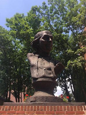 Copy of Ben Franklin Head