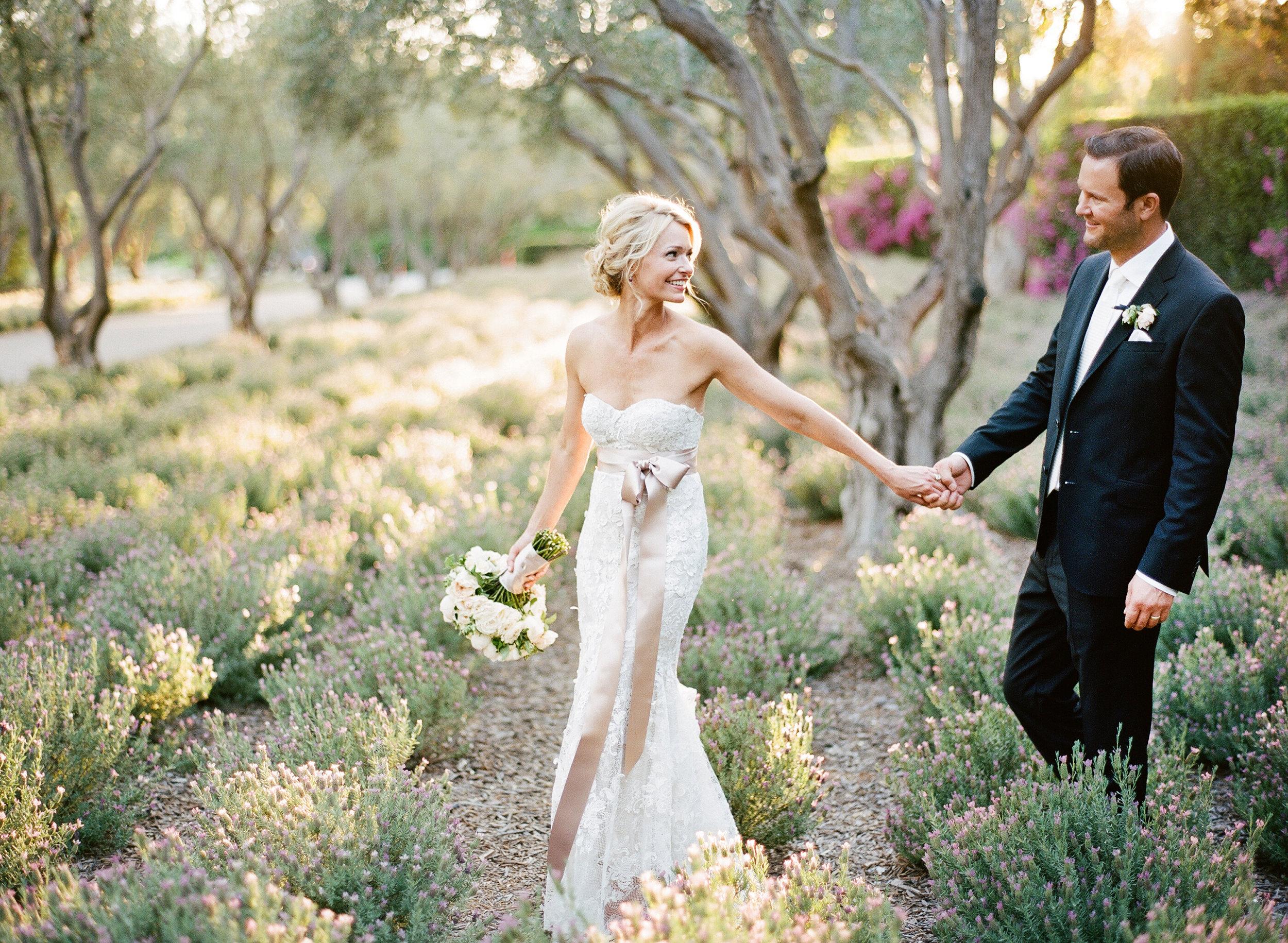 - KRISTEN BEINKE PHOTOGRAPHYWEB: www.kristenbeinke.comOWNER: Kristen BeinkeEMAIL: info@kristenbeinke.comINSTA: @kristenbeinkePHONE: 805.403.4742