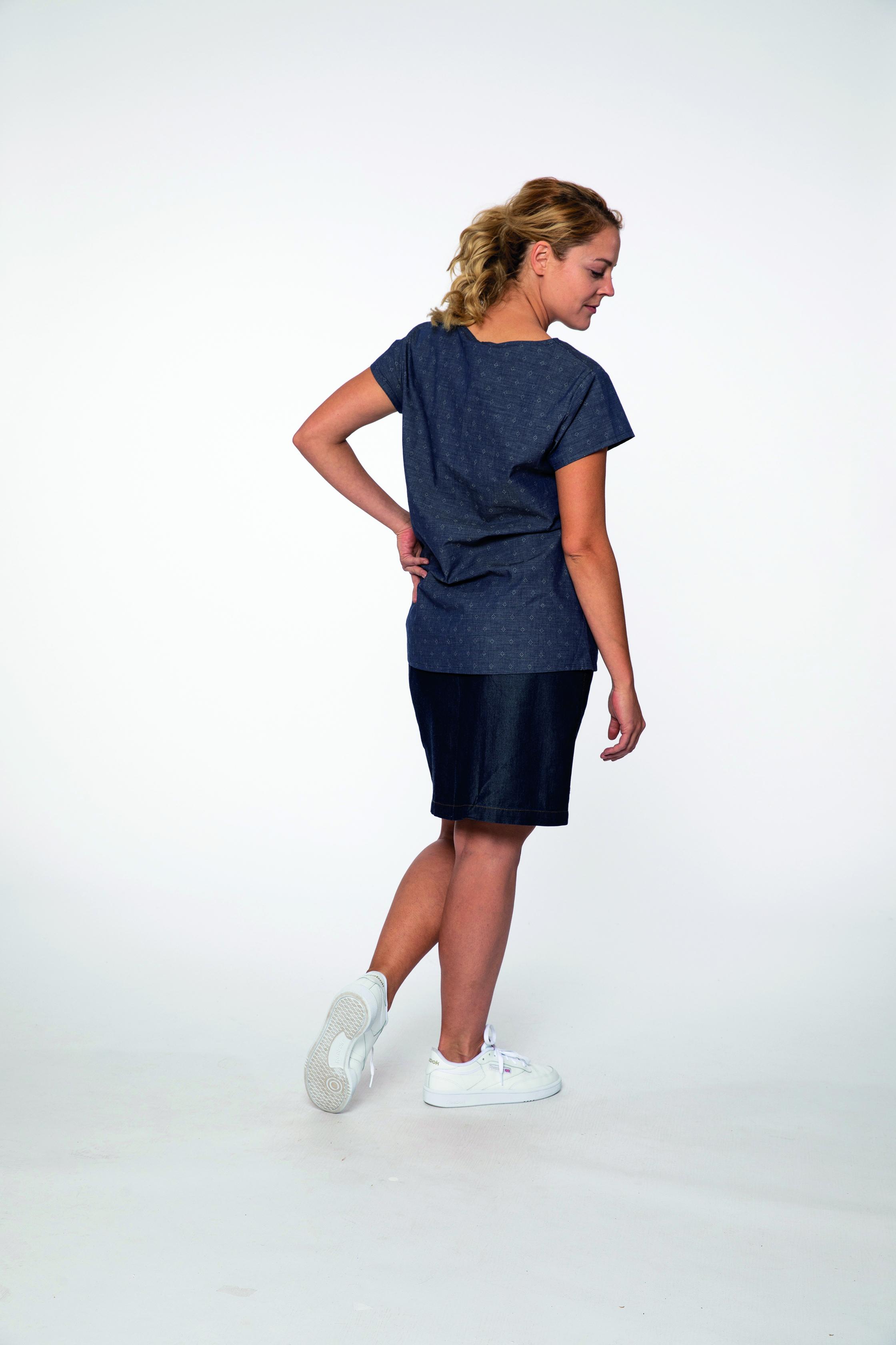 woven shirt:  ROME   skirt:  HAPPYGOLUCKY