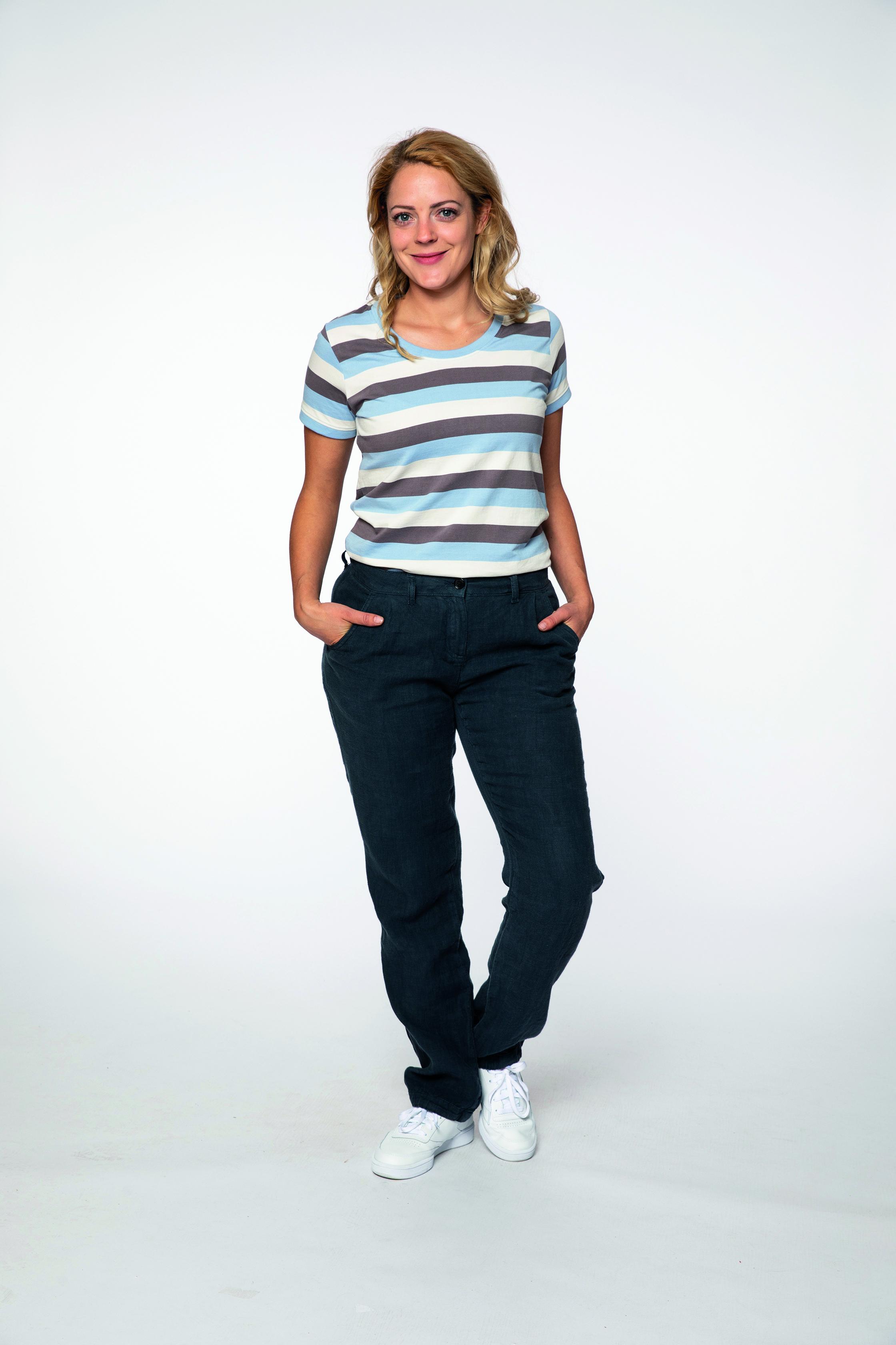 t-shirt:  SUNSTRIPED   pants:  COOLOFF