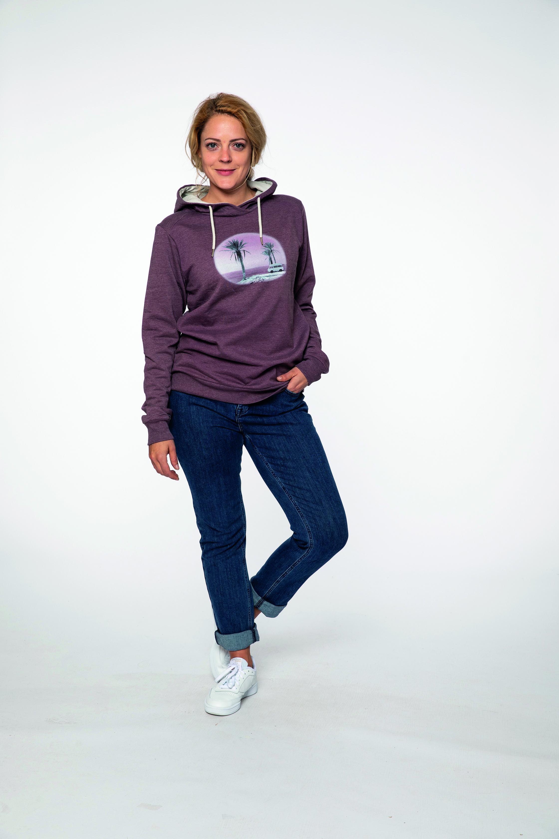 sweat hoodie:  FOLLOWME   pants:  BLUEMOON