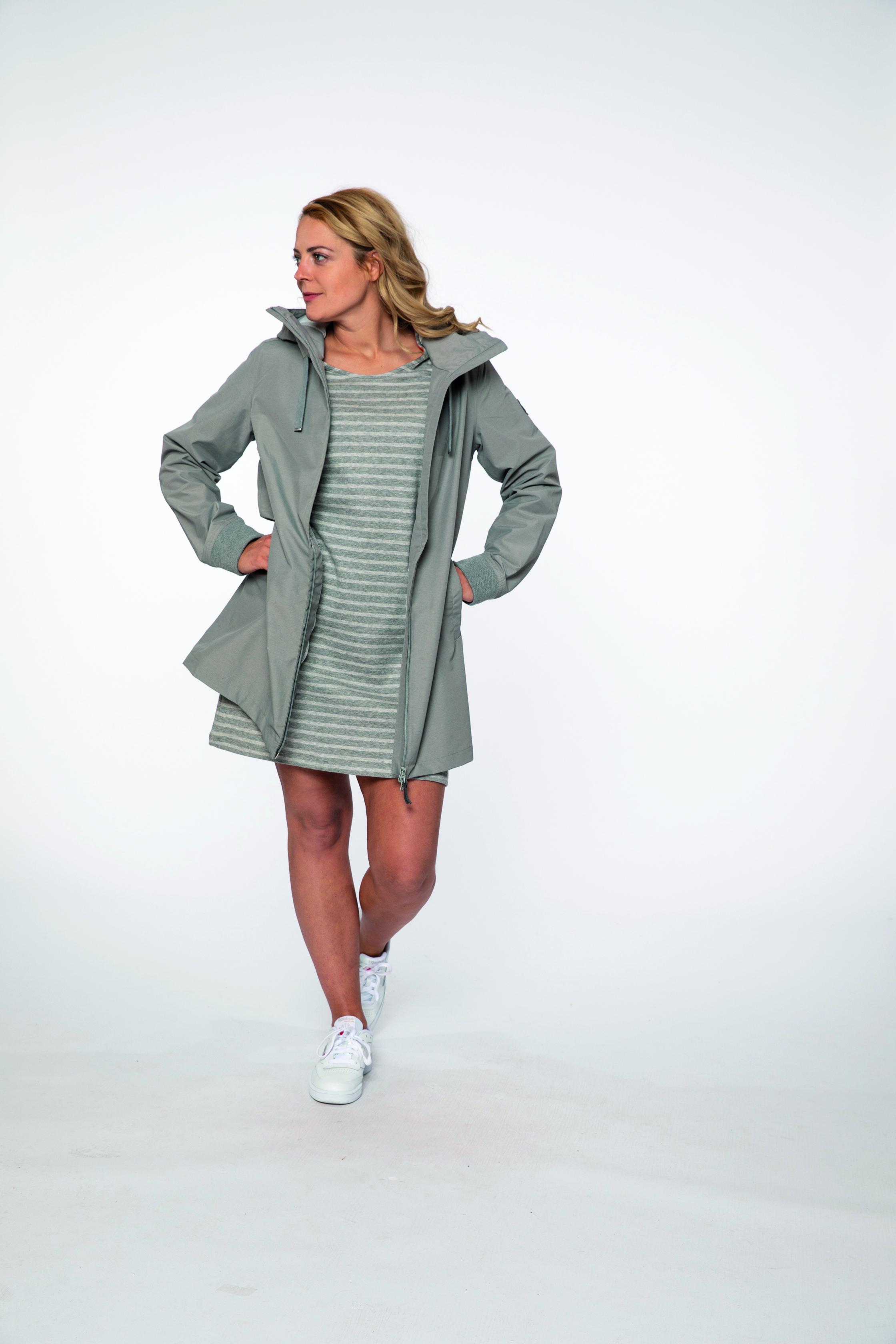 sweat dress:  MAKEMYDAY   waterproof coat:  FUNPARC