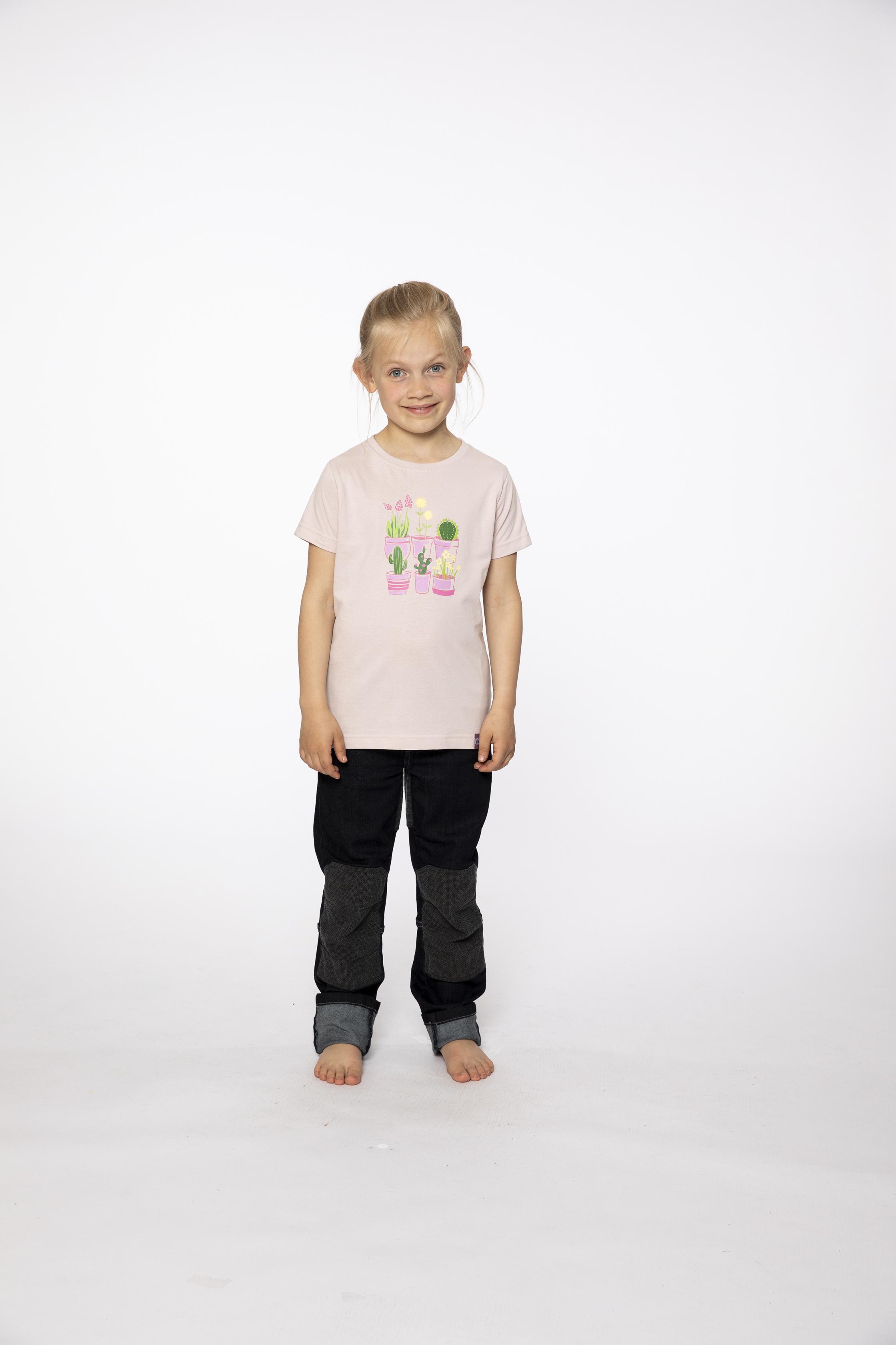 t-shirt:  PLANTSAREFRIENDS   denim pants:  BESTBOY