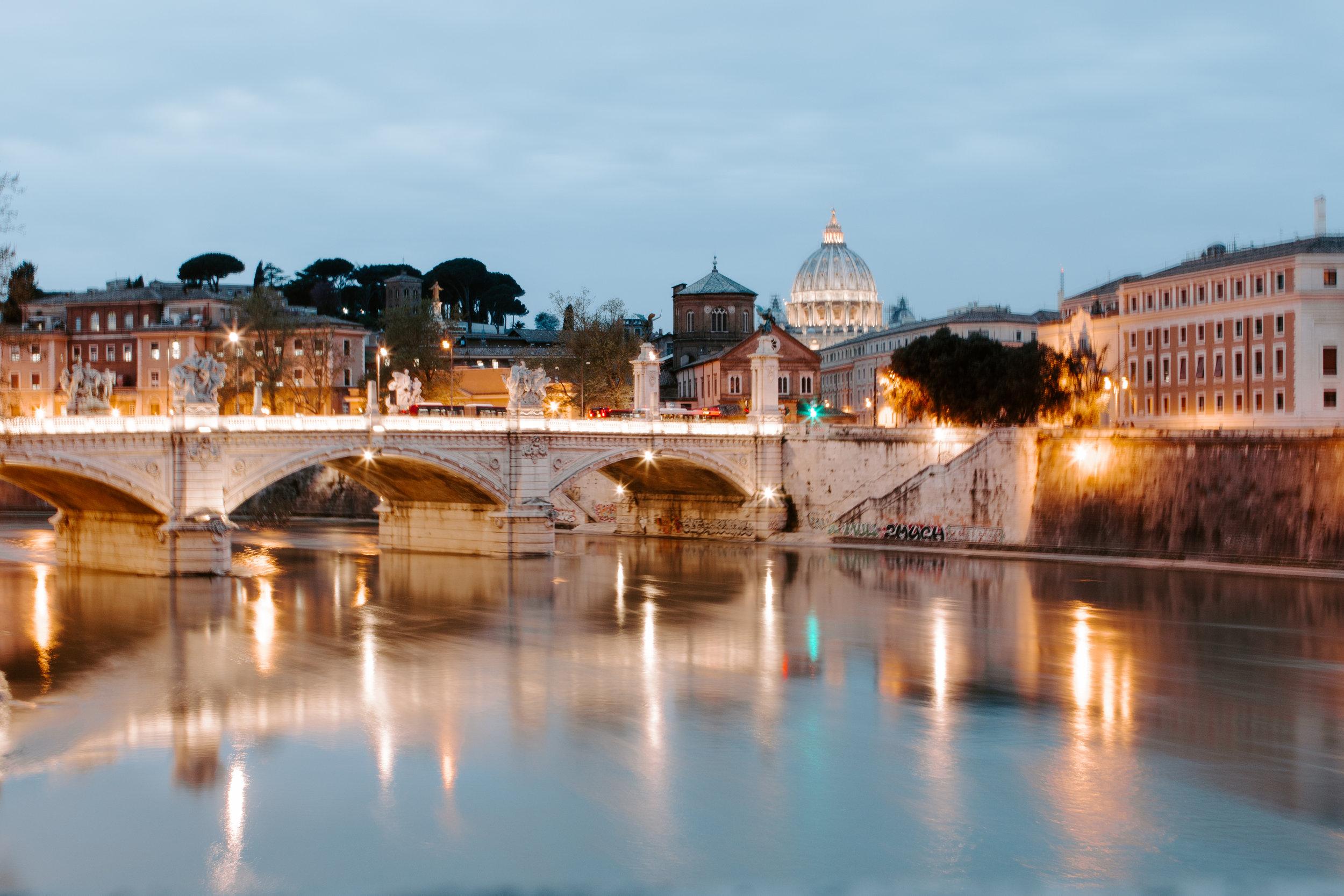 An Evening In Roma - Juliana Wall