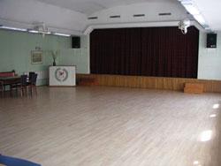 Stora Salen färdig för dans
