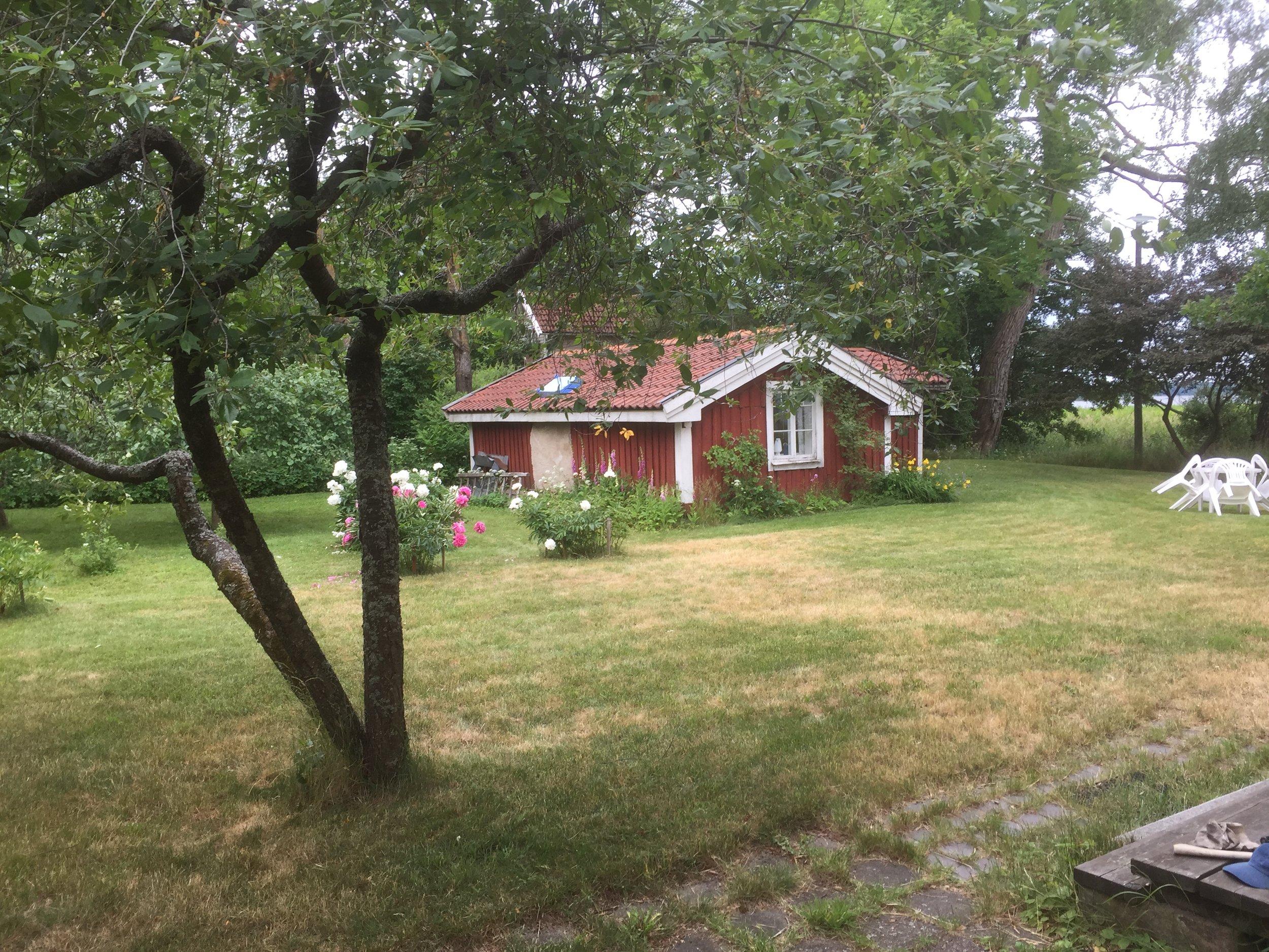 Ryggåsstugan som en gång fanns på andra sidan Glan, vid Eksund                                            Bild Clas Rydgren