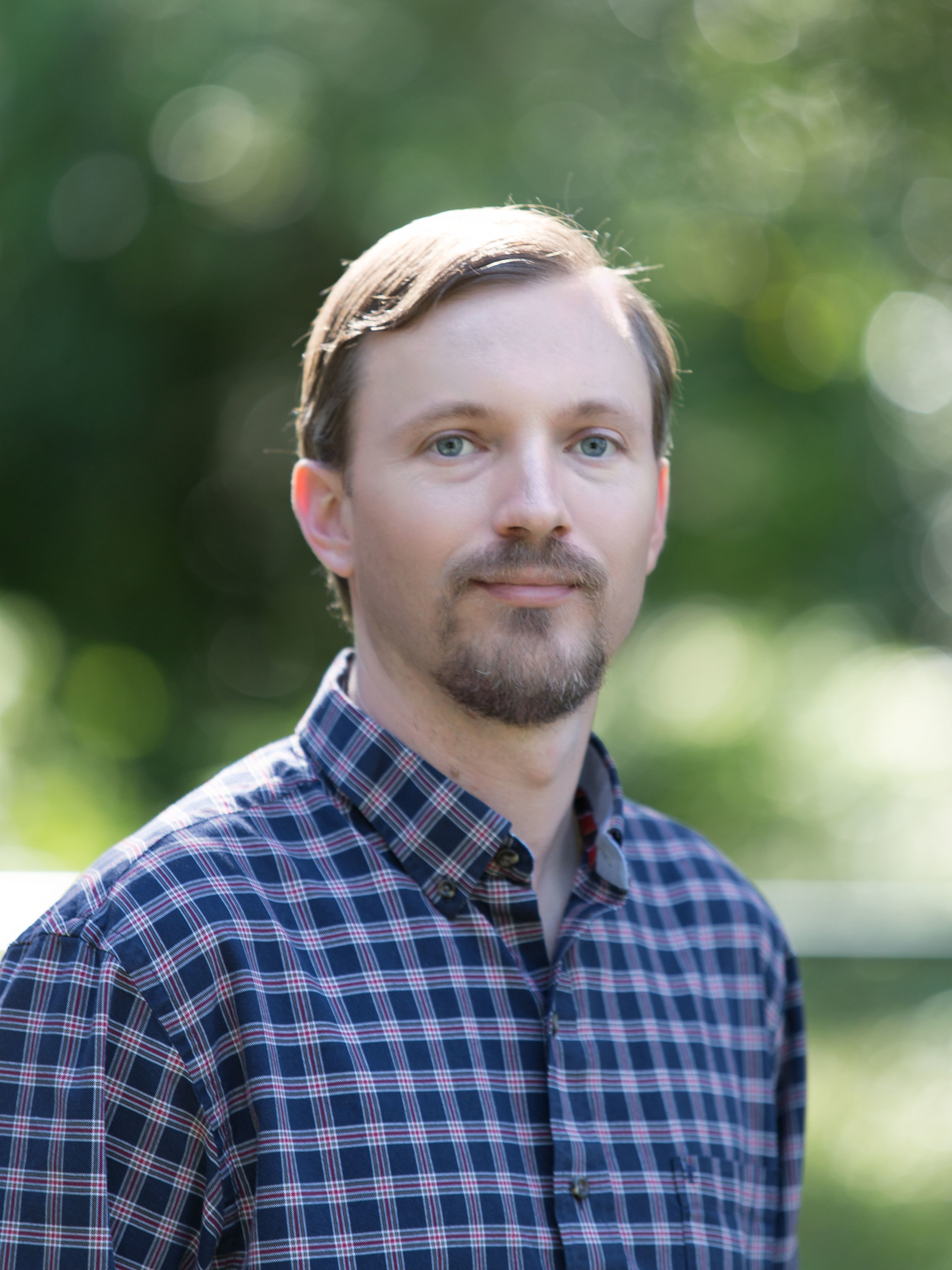 Tim McGuffin    Senior Red Team Manager - Lares Consulting
