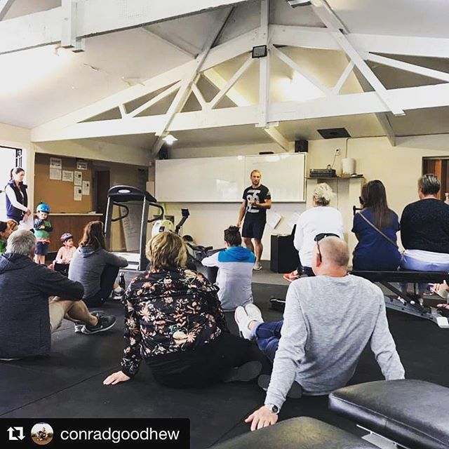 Great having Conrad down at Elmwood to talk to the team. Highly recommend his services if you want to improve your nutrition knowledge.  #Repost @conradgoodhew with @get_repost ・・・ Thanks to @elmwood_fitness for having me in and talking everything food, funny enough there wasnt much said about dieting and fast weightloss. Nutrition is not only about food... . #somethingaboutfood . @bodyscan360nz