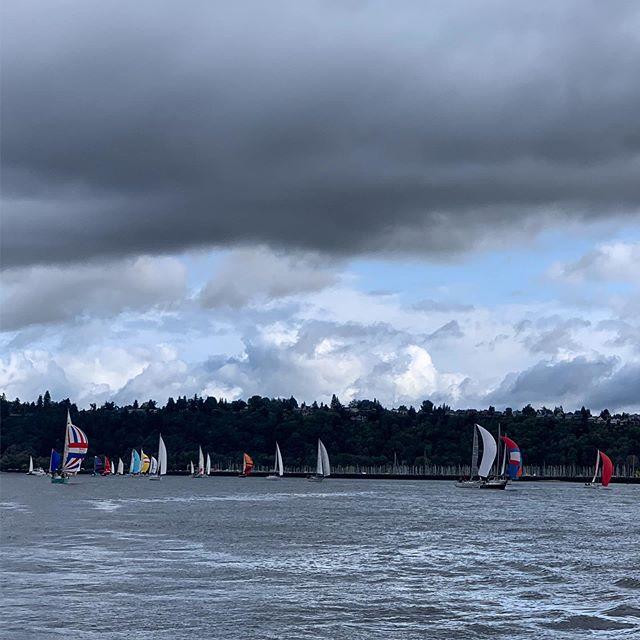 Slow rain drizzle start, bigger wind and white caps finish. #reQuest #sailing #rumrun