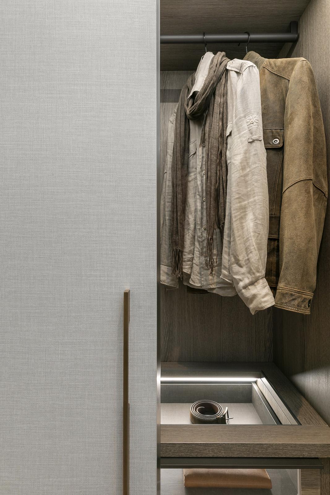 4.Wardrobe.jpg