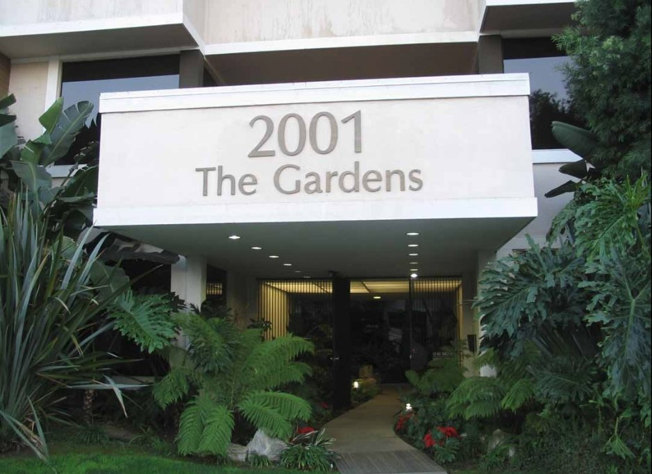 integrated physicians medical group the gardens los angeles west la doctors office dr jeffrey james dc dacnb.jpg