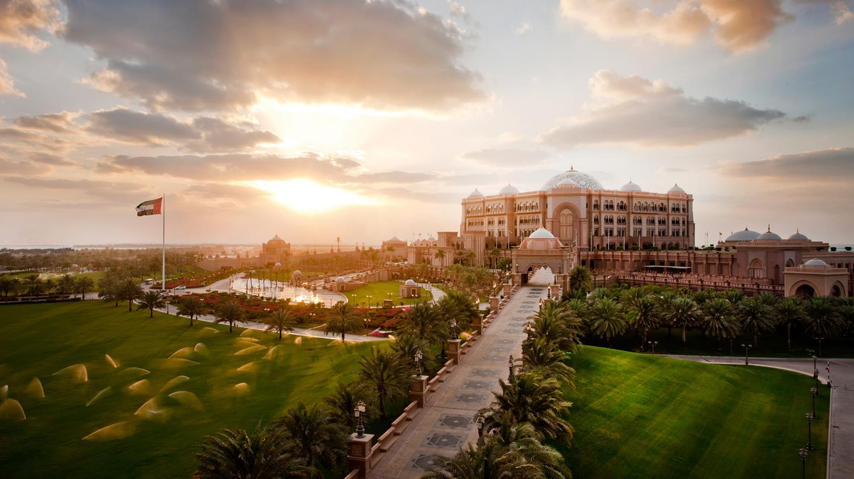 emirates-palace-abu-dhabi-dusk.jpg