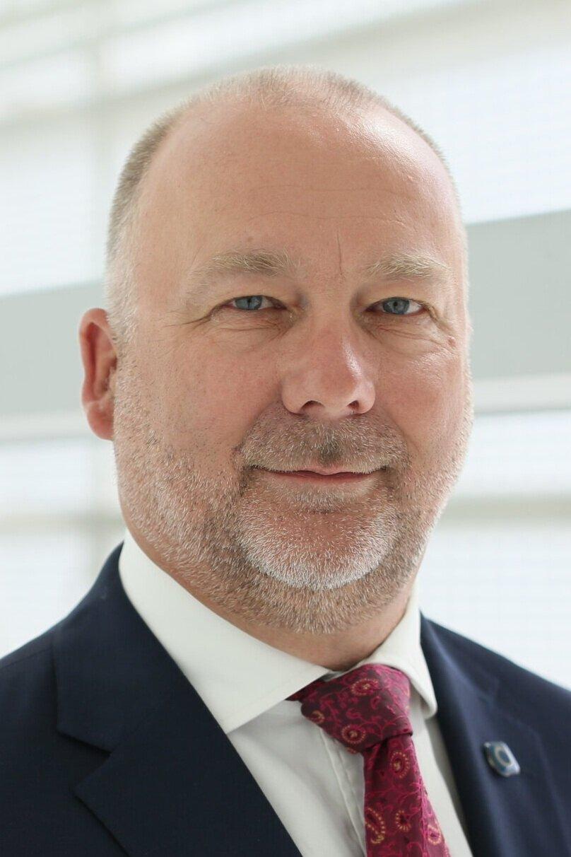 STEPHEN BARNETT   Abu Dhabi Global Market  Executive Director, Business Development