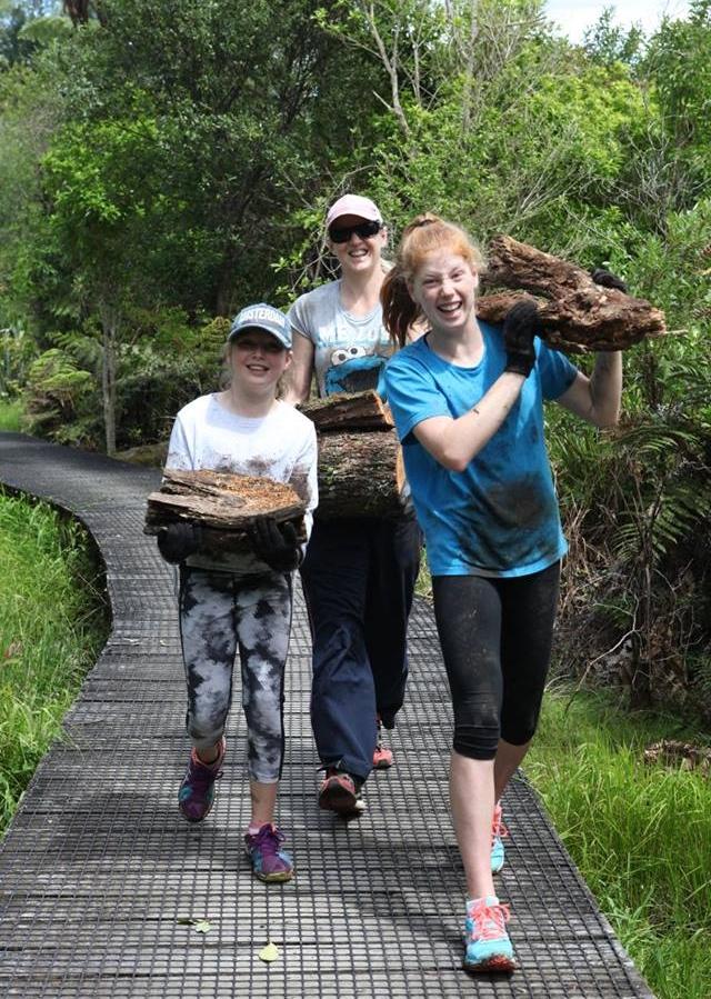 Act-of-Kindness-Volunteer-Waikato-River-Trails-Amanda.jpg