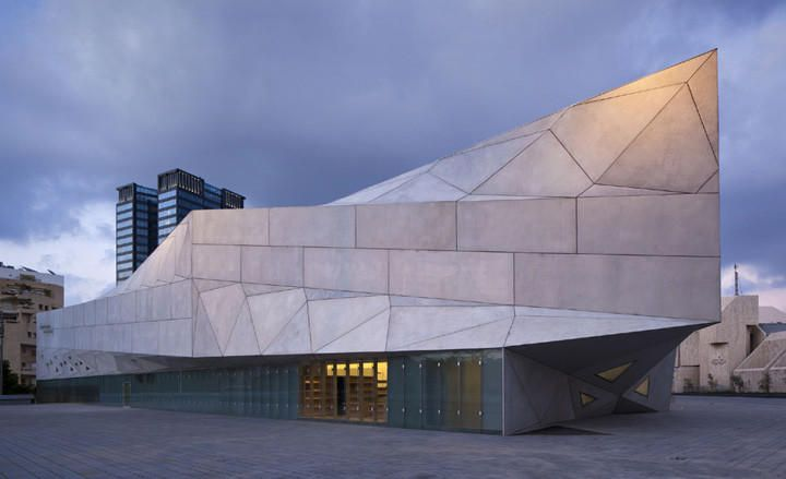 The New Tel-Aviv Museum of Art -
