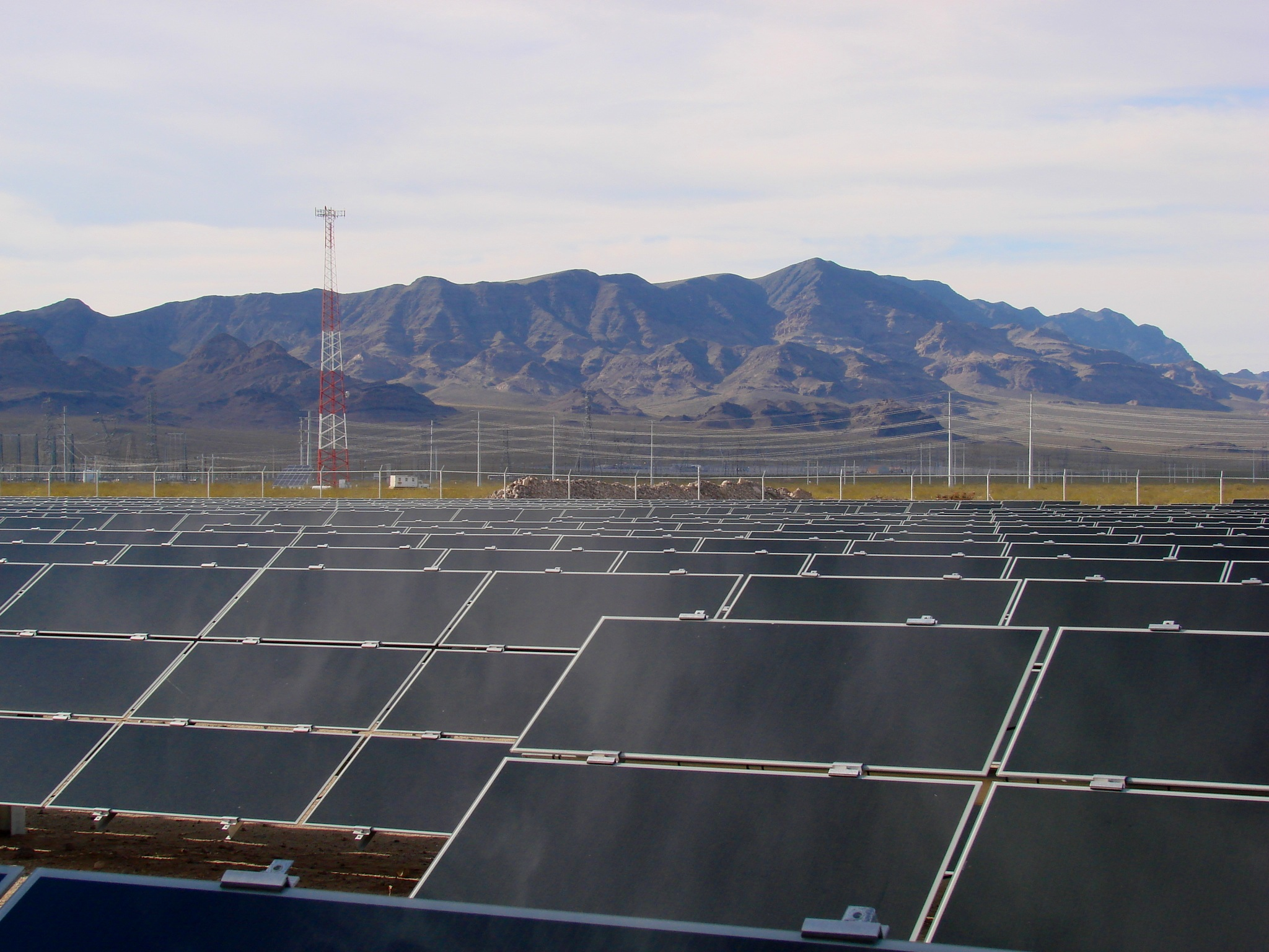 - RECON was involved in the large-scale Desert Renewable Energy Conservation Plan and the SDG&E Sunrise Powerlink projects among many others. Though this experience, we are highly familiar with the infrastructure network for solar, wind, and geothermal renewable energy facilities.