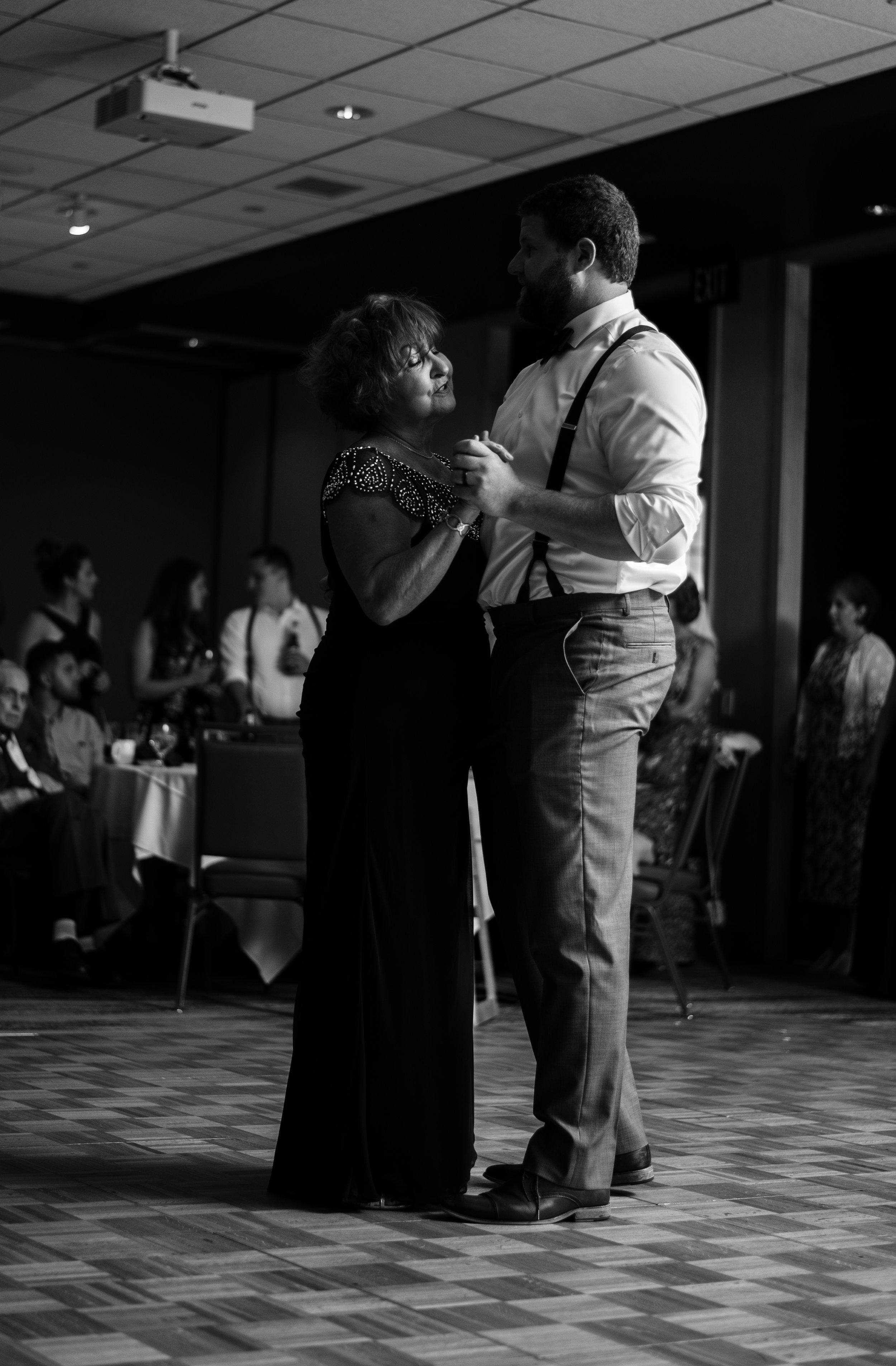 Formal Dances-15.jpg
