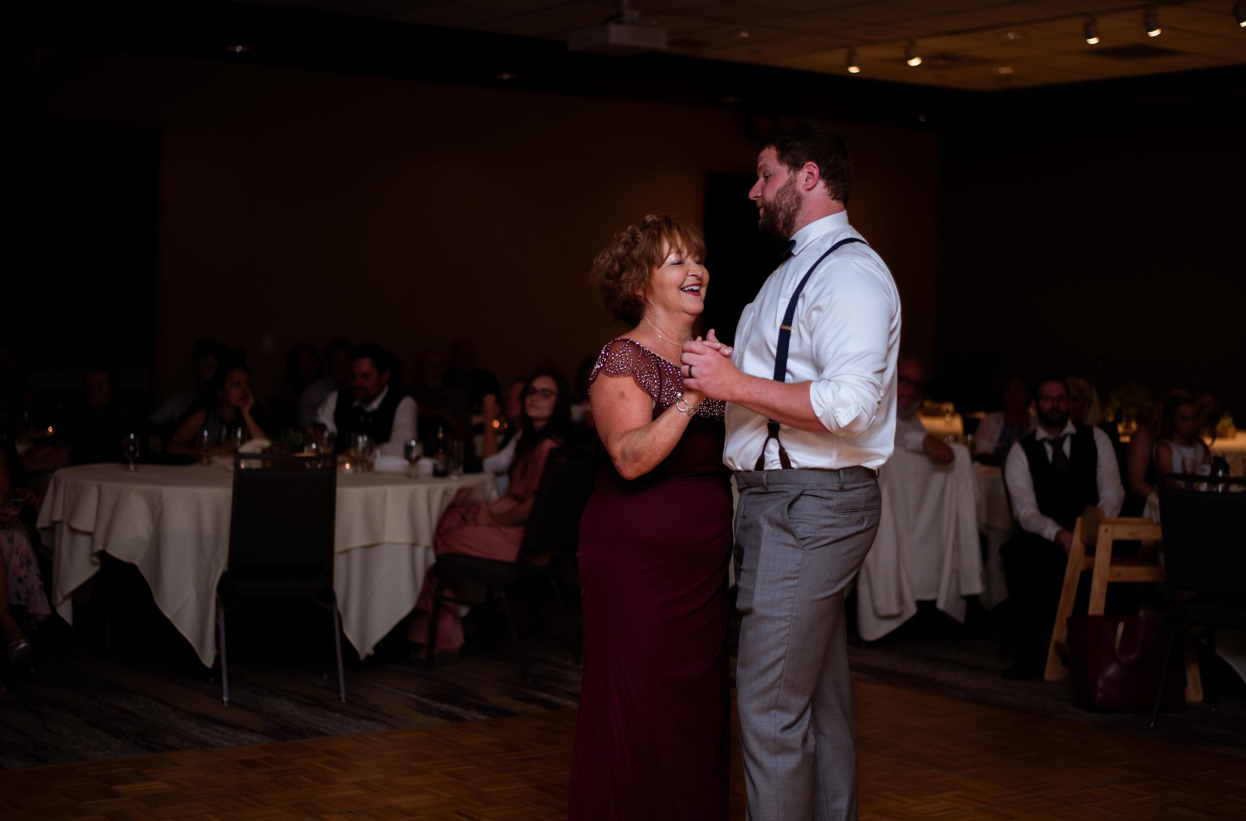 Formal Dances-16.jpg