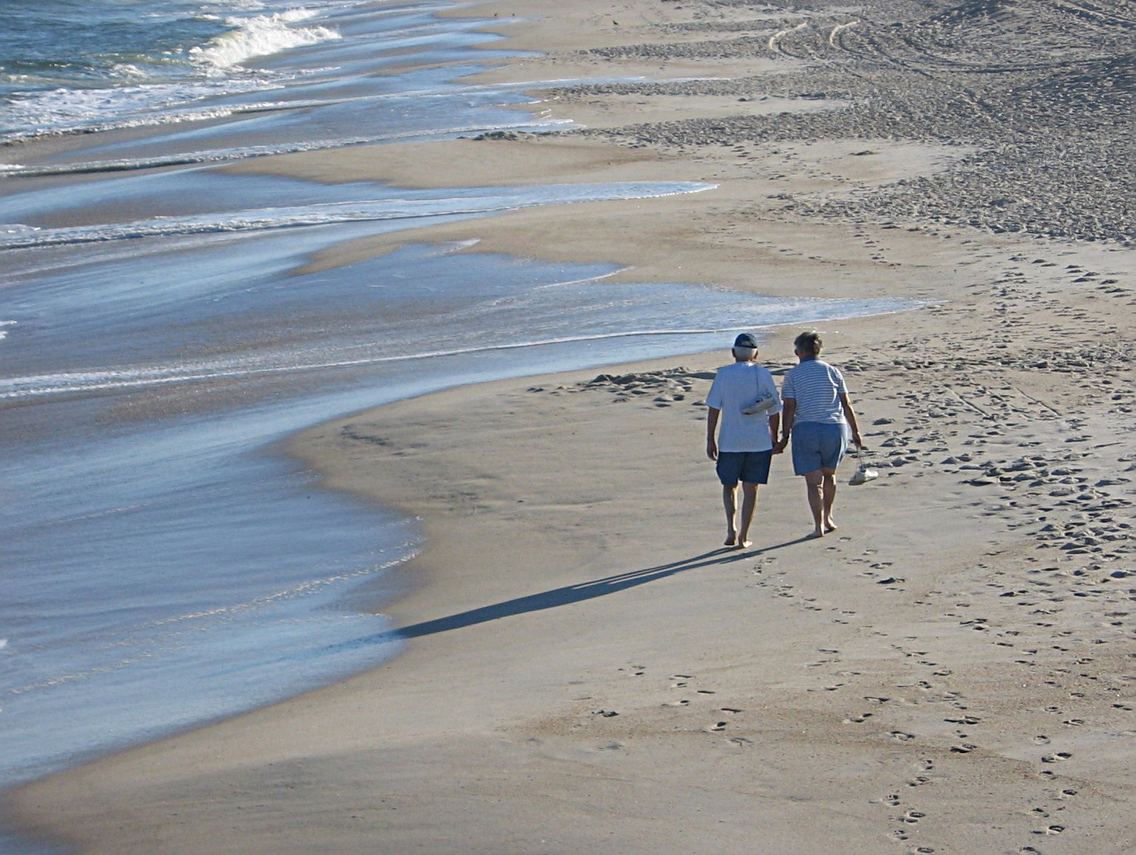 Increase Life Expectancy - Average walking speed is a powerful indicator of life expectancy.