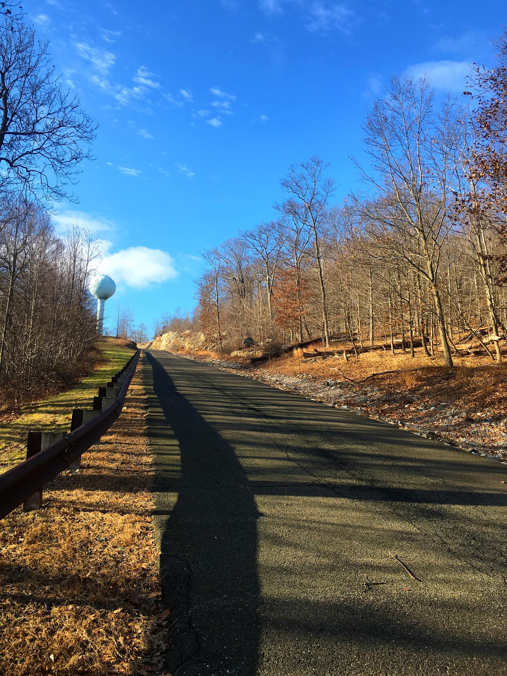 walking-health-fitness-how-to-walk-up-hills.jpg