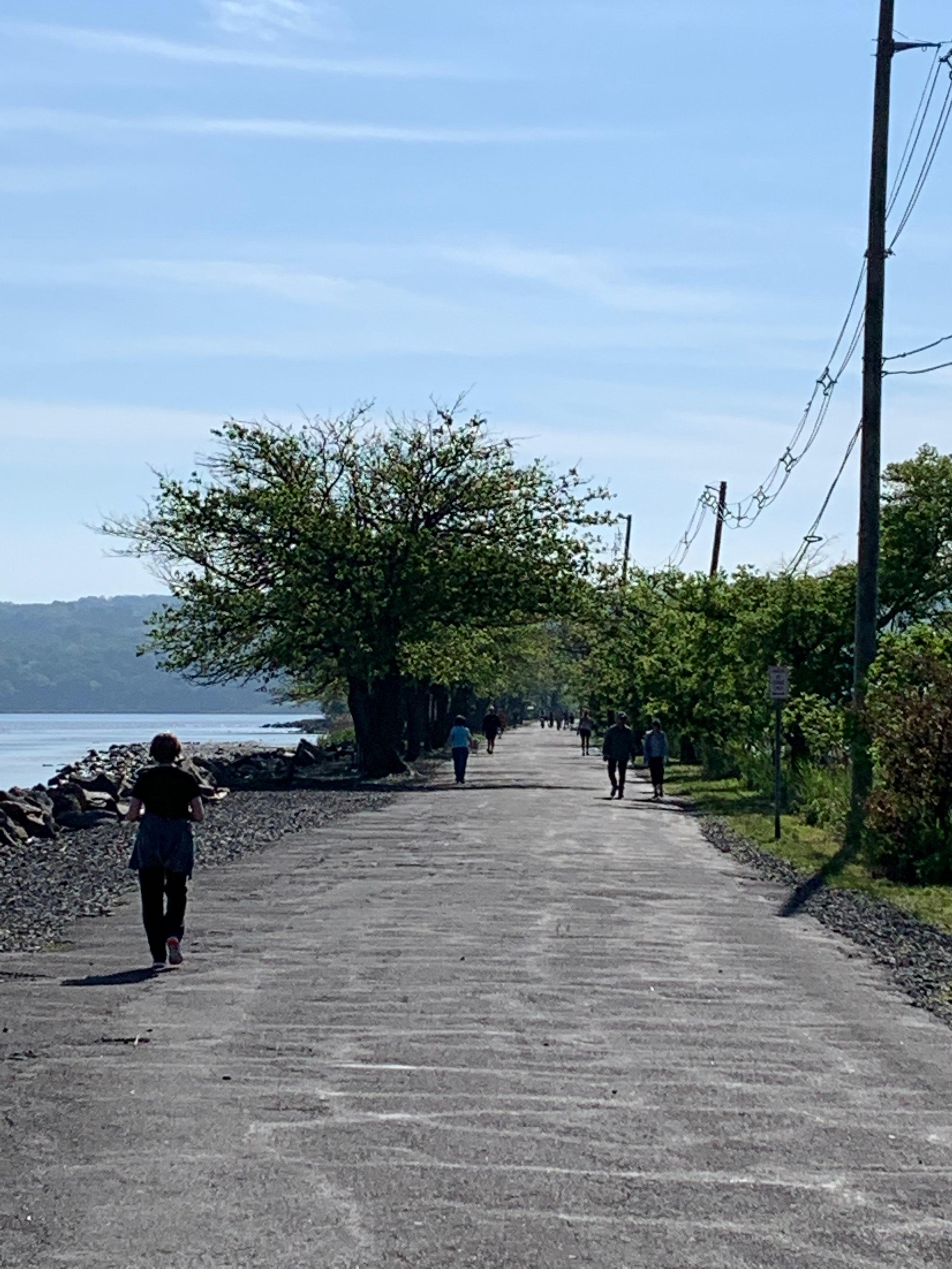 walking-in-piermont-ny-ferry-rd-3.jpg