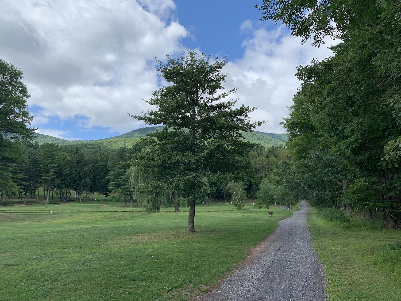 walking-health-fitness-7-benefits-getting-outside-6.jpg