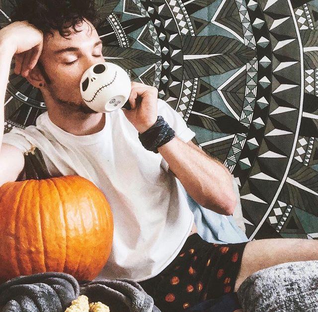Enjoying a nice hot cup o' joe with my pumpkin on this nipply 95 degree fall day. • • • • Oct. 5th • • • • #spookyboyseason #happyhalloween #hotboyfall