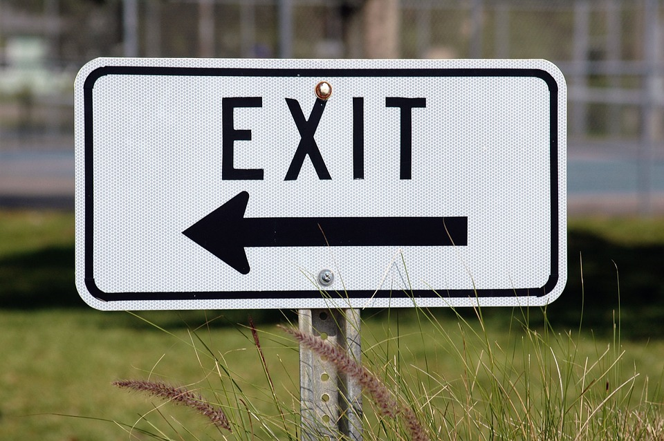 exit-sign-1744730_960_720.jpg
