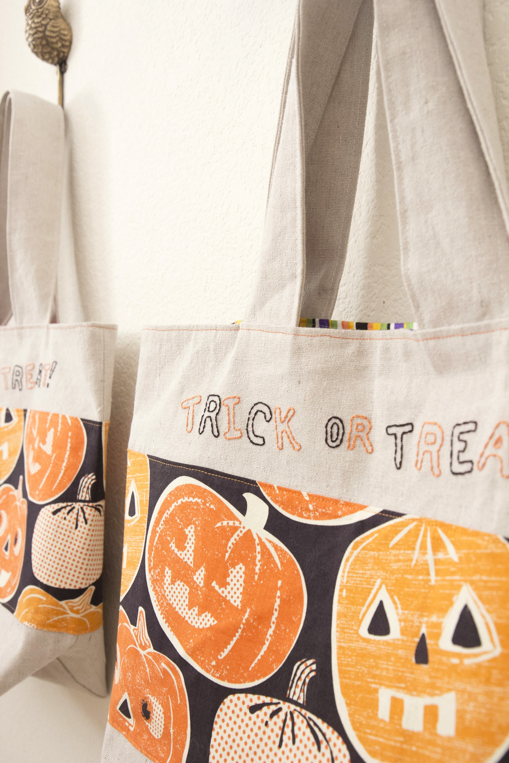 Trick or Treat Bags 08