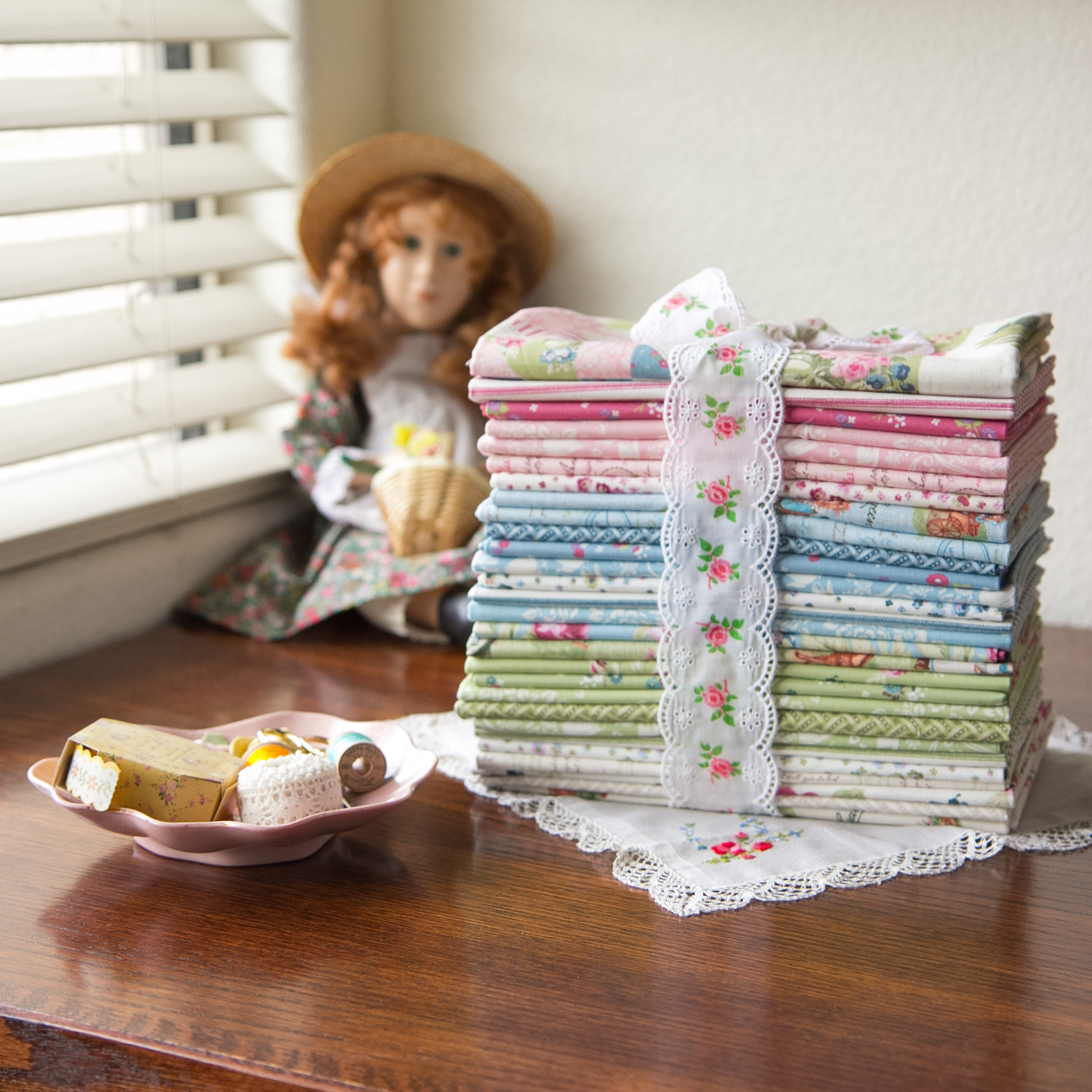 Loving this Anneo f Green Gables fabric collection from @PennyRose