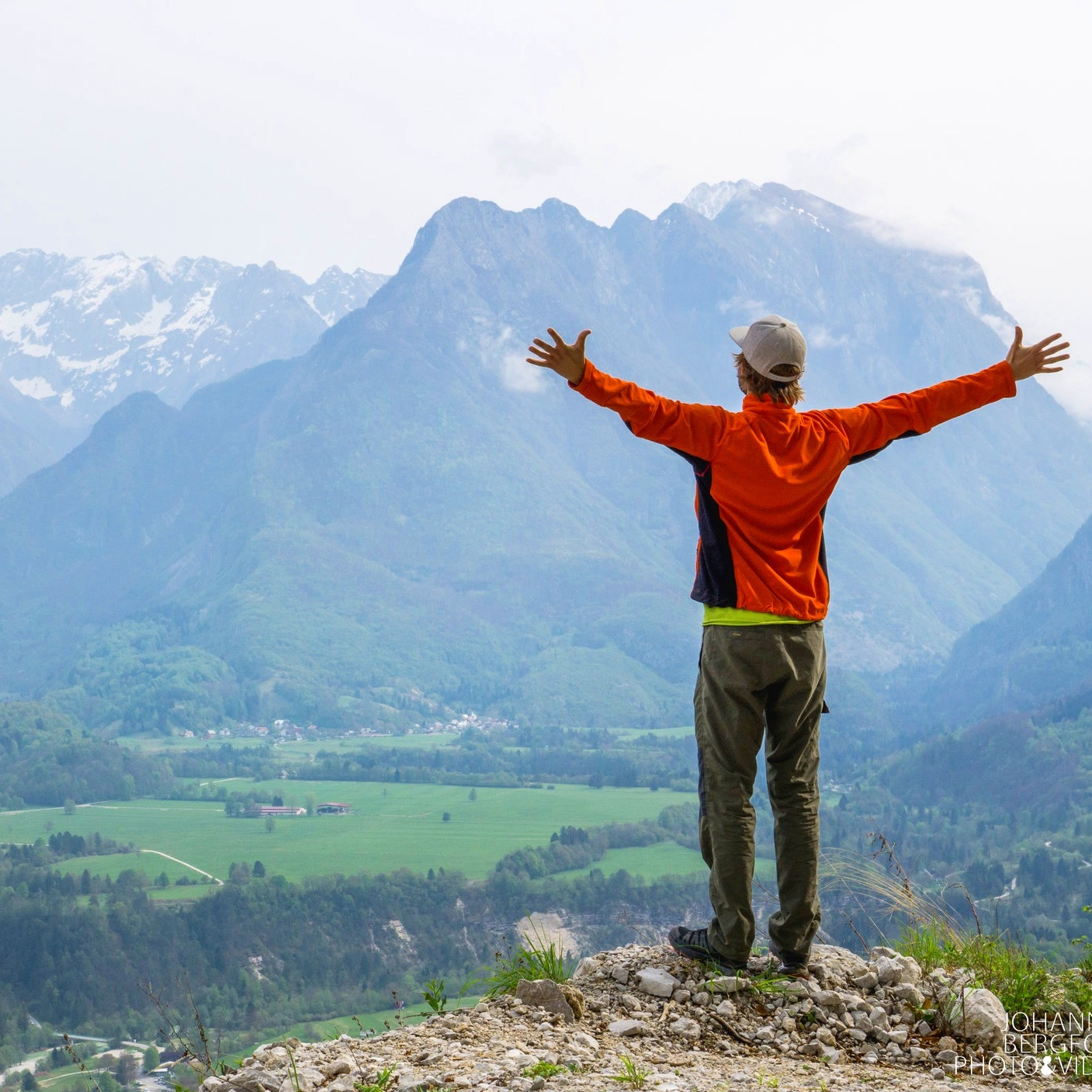 The Healthy - Do you want to live simple, healthy and explore by yourself? This is an option with a lot of independence and freedom.€1300 for one person.Read more