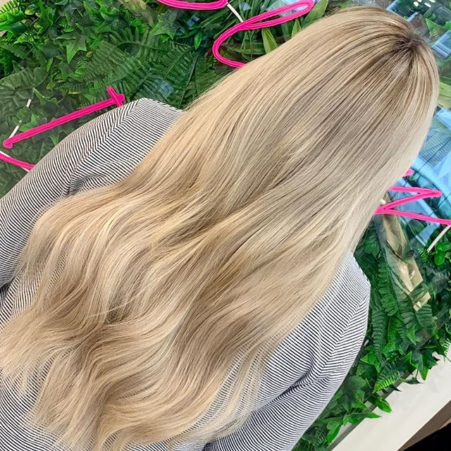 So, this absolute babe wanted an update! Scalp bleached to the max last summer, by Christmas we had to take a break and tone down to golden blonde, but has felt brassy and boring ever since. Lived in blonde with a few cheeky extensions... what do you think?