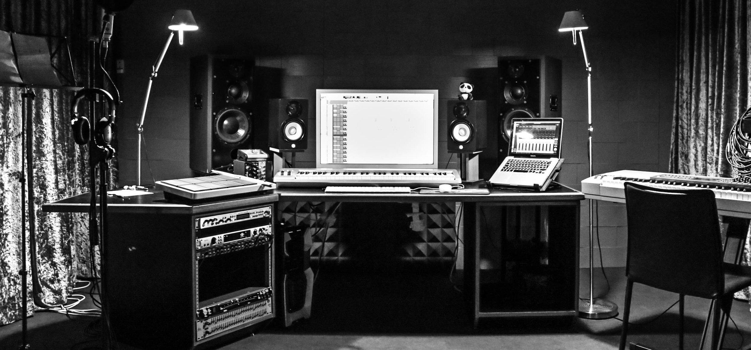 studio 3 -
