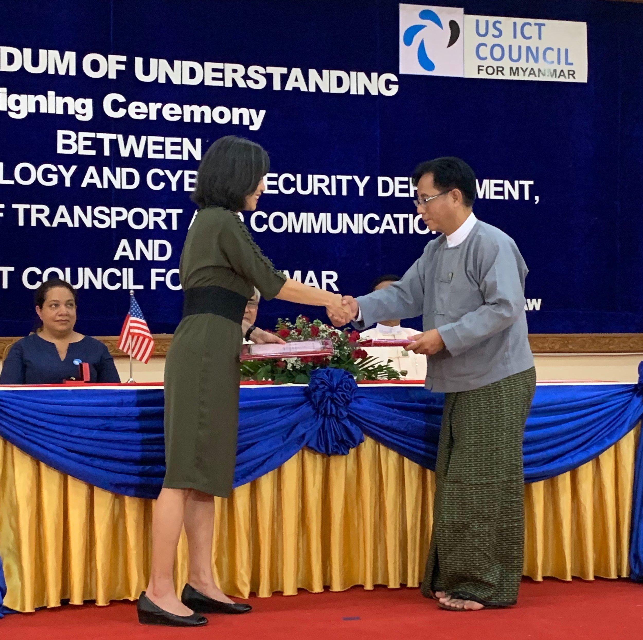 US ICT Council Executive Director Max Shu Teasdale and ITCSD DG U Sai Saw Lin Tun