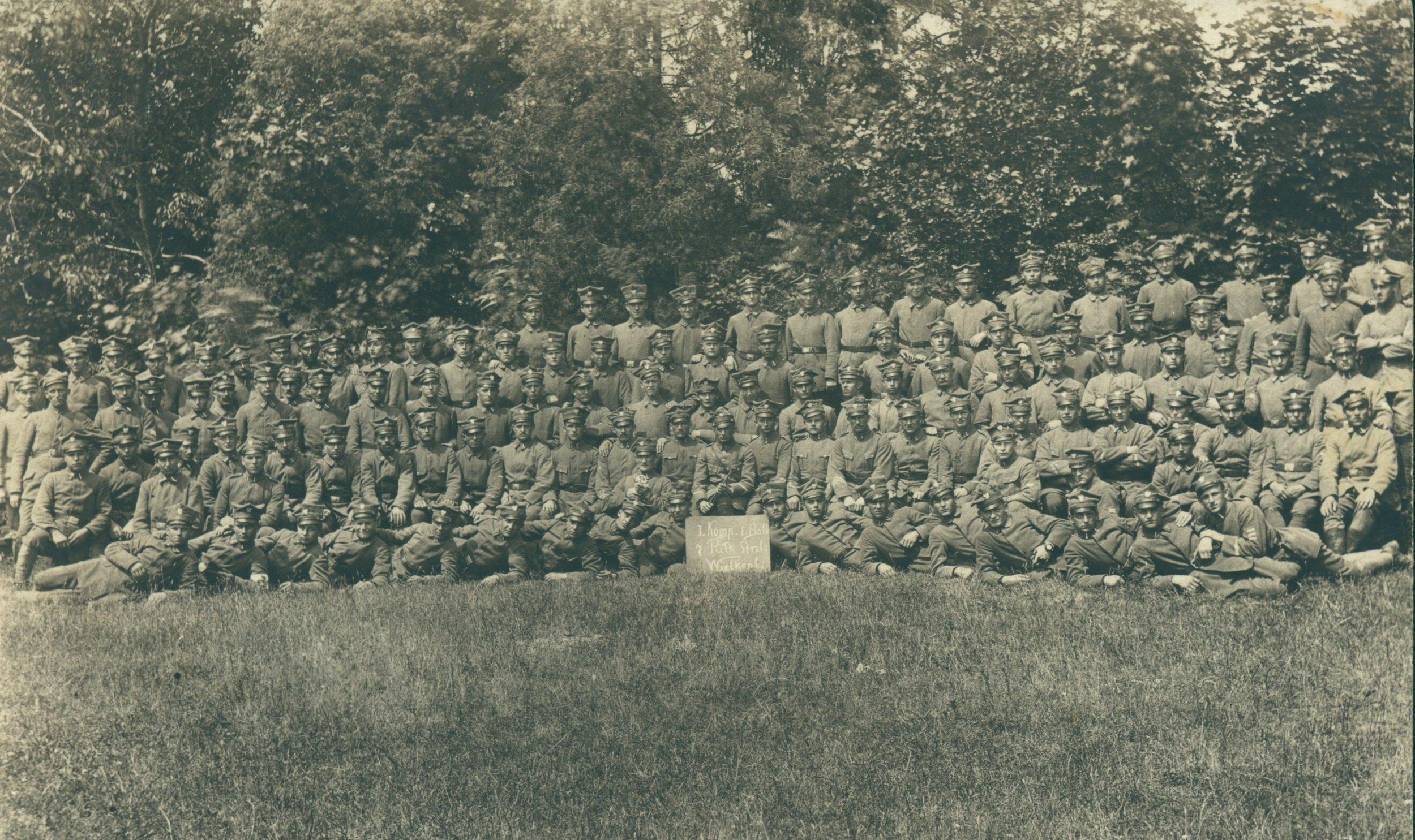 FH 12 - 1. Kompania 1. Batalionu 7. P. Strzelców Wlkp. z ppor. Biskupskim. 6 października 1919 r..JPG