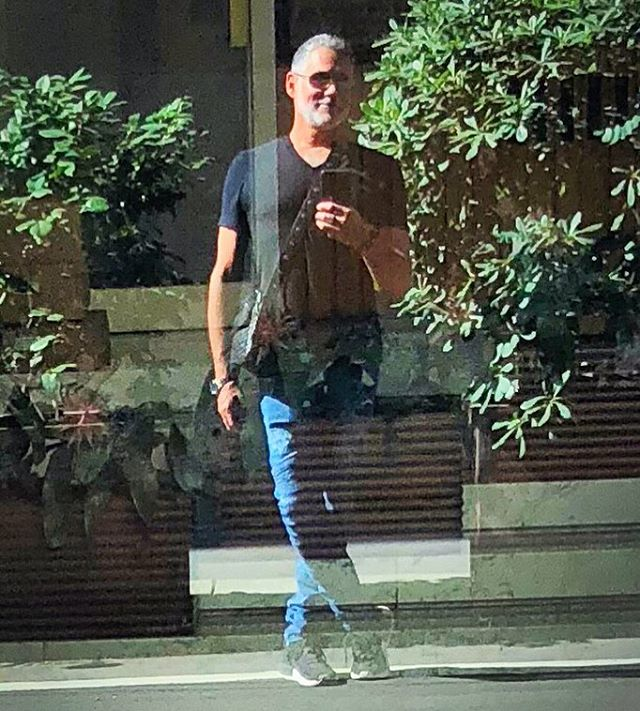 I'm super late posting this from #italy on a little street in #milano #viagesu it's unusual to get black on black #reflections #reflectionselfie #instagay #gaysnap #lookback #love #gratitude